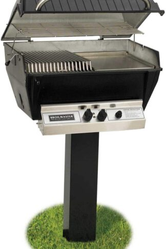 Broilmaster P3-SX Super Premium Propane Gas Grill On Black In-Ground Post