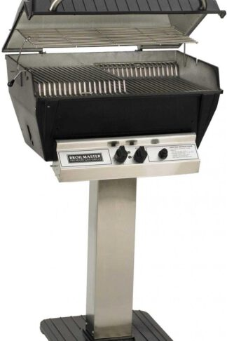 Broilmaster P3-XF Premium Propane Gas Grill On Stainless Steel Patio Post