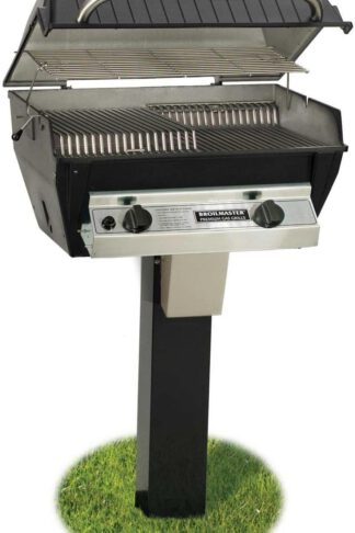 Broilmaster R3BN Infrared Combination Natural Gas Grill On Black In-Ground Post